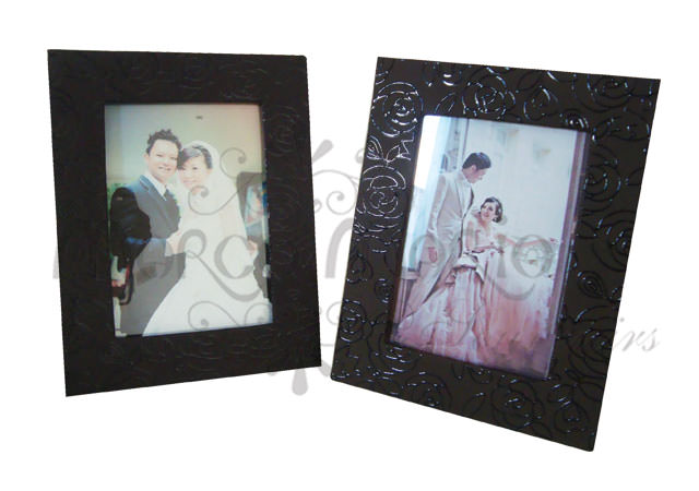 Roses texture leather frame,marco mario souvenir, wedding souvenirs, souvenir pernikahan surabaya indonesia, wedding favors, souvenir ideas, royal wedding souvenirs