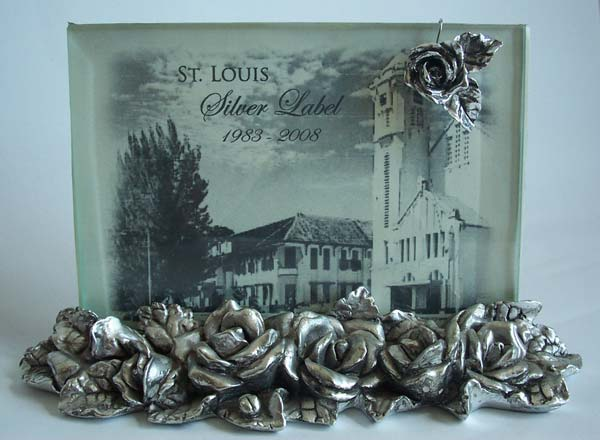 Silver Roses 4R Photo Frame,marco mario souvenir, wedding souvenirs, souvenir pernikahan surabaya indonesia, wedding favors, souvenir ideas, royal wedding souvenirs