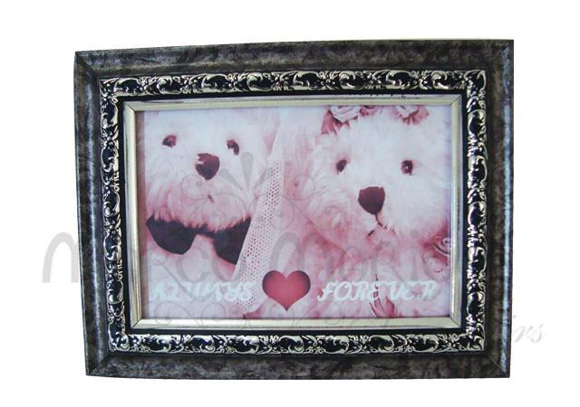 carved vintage frame,marco mario souvenir, wedding souvenirs, souvenir pernikahan