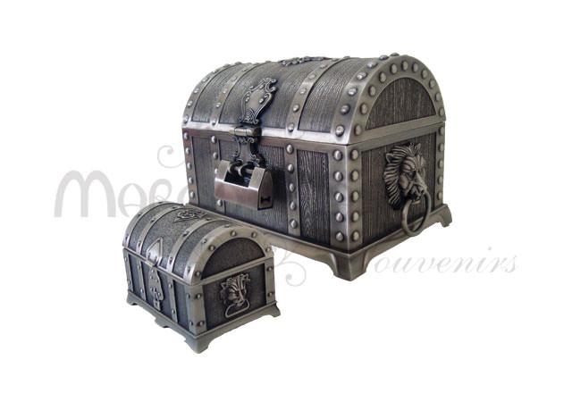 vintage love treasure box,marco mario souvenir, wedding souvenirs, souvenir pernikahan surabaya indonesia, wedding favors, souvenir ideas, royal wedding souvenirs