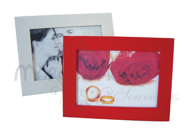 Red and white minimalist frame,marco mario souvenir, wedding souvenirs, souvenir pernikahan surabaya indonesia, wedding favors, souvenir ideas, royal wedding souvenirs