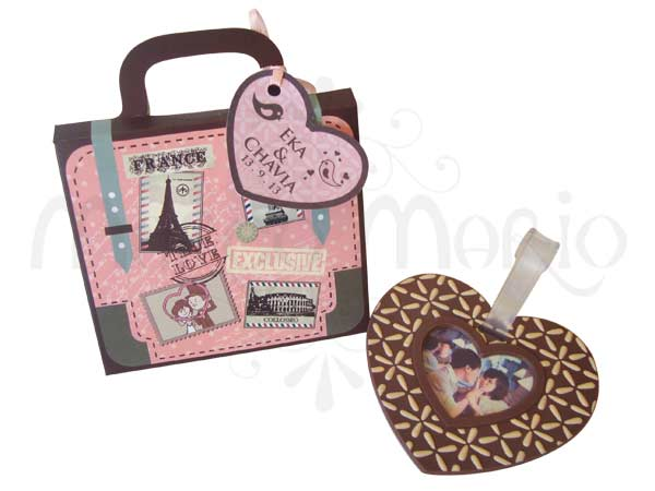 love luggage tag,marco mario souvenir, wedding souvenirs, souvenir pernikahan