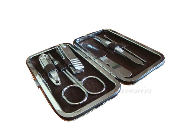 Manicure Set,marco mario souvenir, wedding souvenirs, souvenir pernikahan surabaya indonesia, wedding favors, souvenir ideas, royal wedding souvenirs