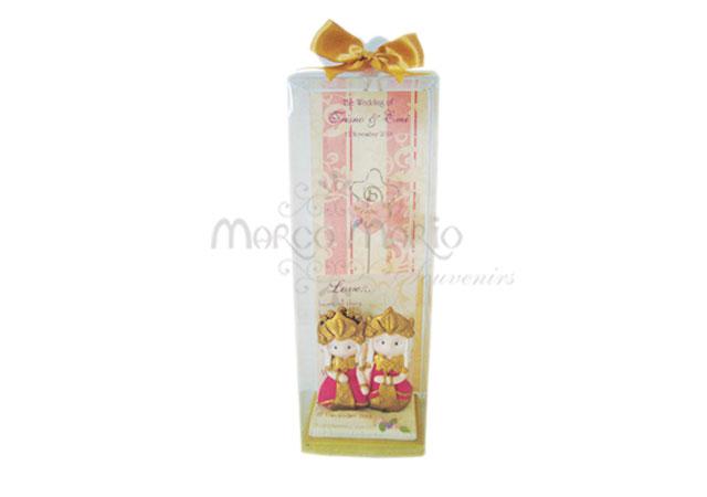traditional card holder,marco mario souvenir, wedding souvenirs, souvenir pernikahan surabaya indonesia, wedding favors, souvenir ideas, royal wedding souvenirs