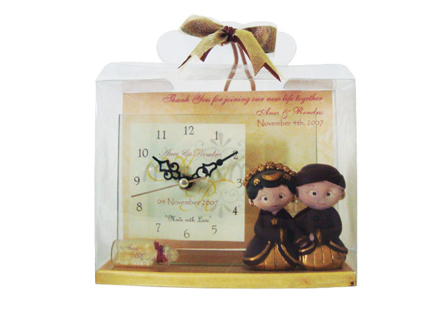 traditional wedding clear clock,marco mario souvenir, wedding souvenirs, souvenir pernikahan