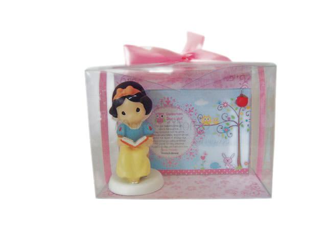 Snow White Frame,marco mario souvenir, wedding souvenirs, souvenir pernikahan surabaya indonesia, wedding favors, souvenir ideas, royal wedding souvenirs